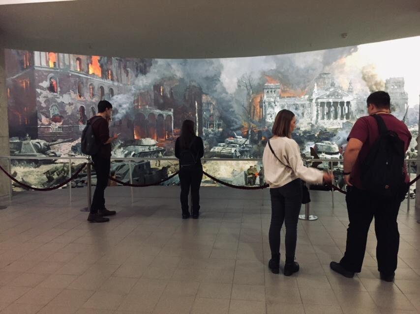 Посещение студентами колледжа музея Великой Отечественной войны