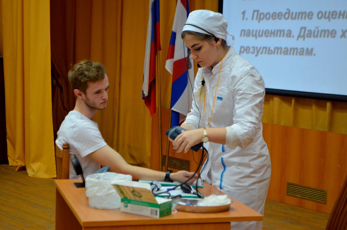 Конкурс профессионального мастерства среди студентов 1 курса медицинского колледжа филиала «В начале славного пути»