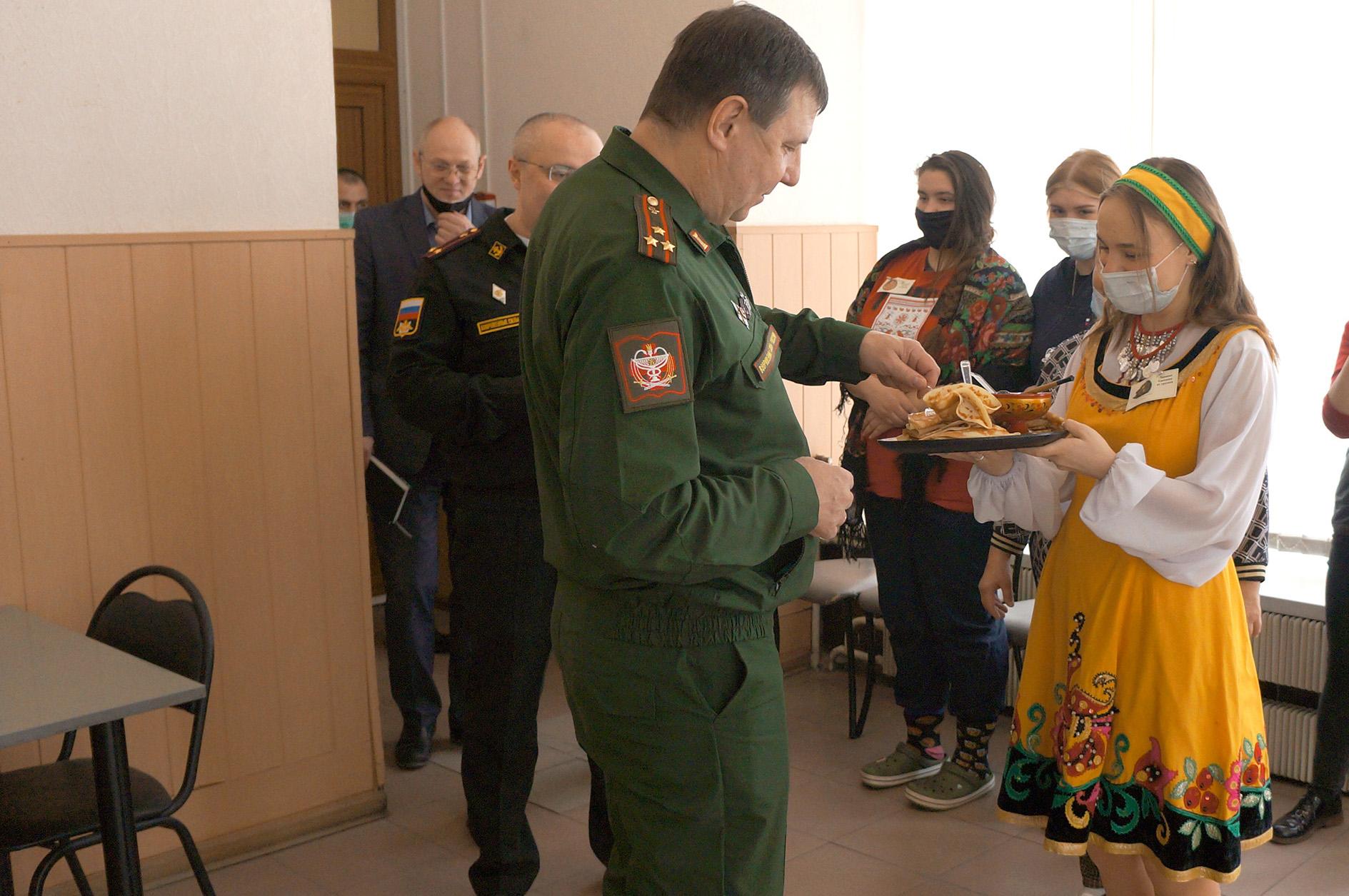фестиваль веселой масленицы в филиале военно-медицинской академии