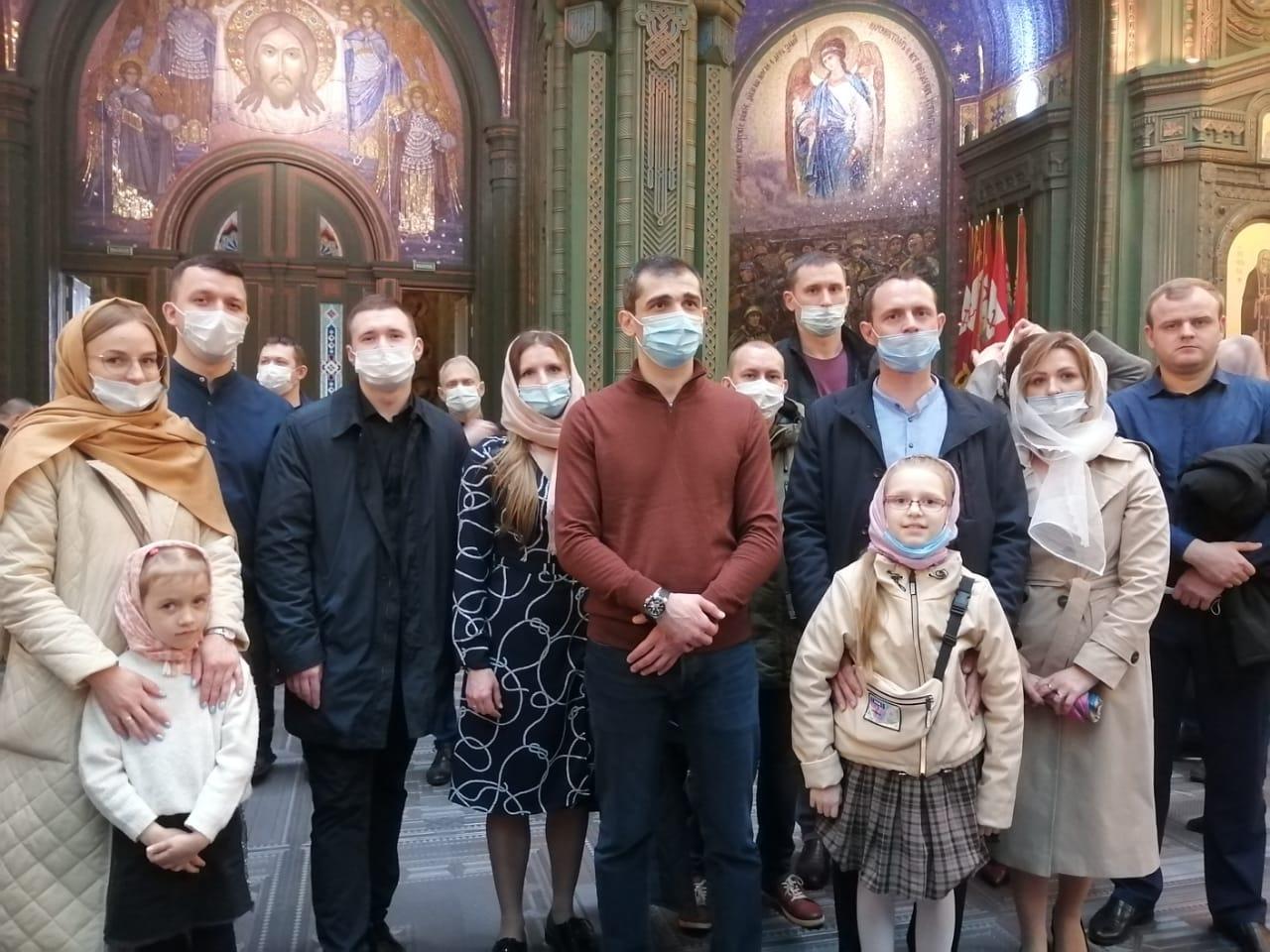 Посещение сотрудниками филиала Божественной Литургии в Главном храме Вооруженных сил РФ